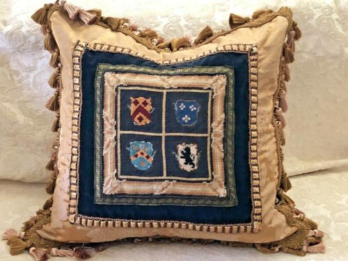 DRAMATIC VINTAGE NEEDLEPOINT TAPESTRY PILLOW WITH COAT OF ARMS WOOLWORK SAMPLER