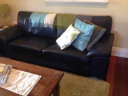 Leather sofa 1x 3 & 1x 2 1/2 seater Bicton Melville Area Preview