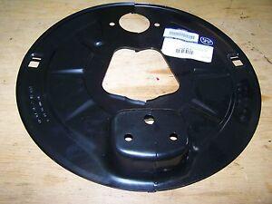 SIN-USAR-Camion-Placa-de-anclaje-de-freno-Replica-BWP-0301099600-0301099580
