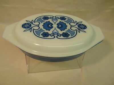 Pyrex 1960's Vintage Blue Horizon 1-1/2 Quart Baking Dish with Lid