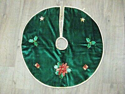 "Vintage Felt Sequin Christmas Tree Skirt 23"" Small green felt sequin tree skirt"