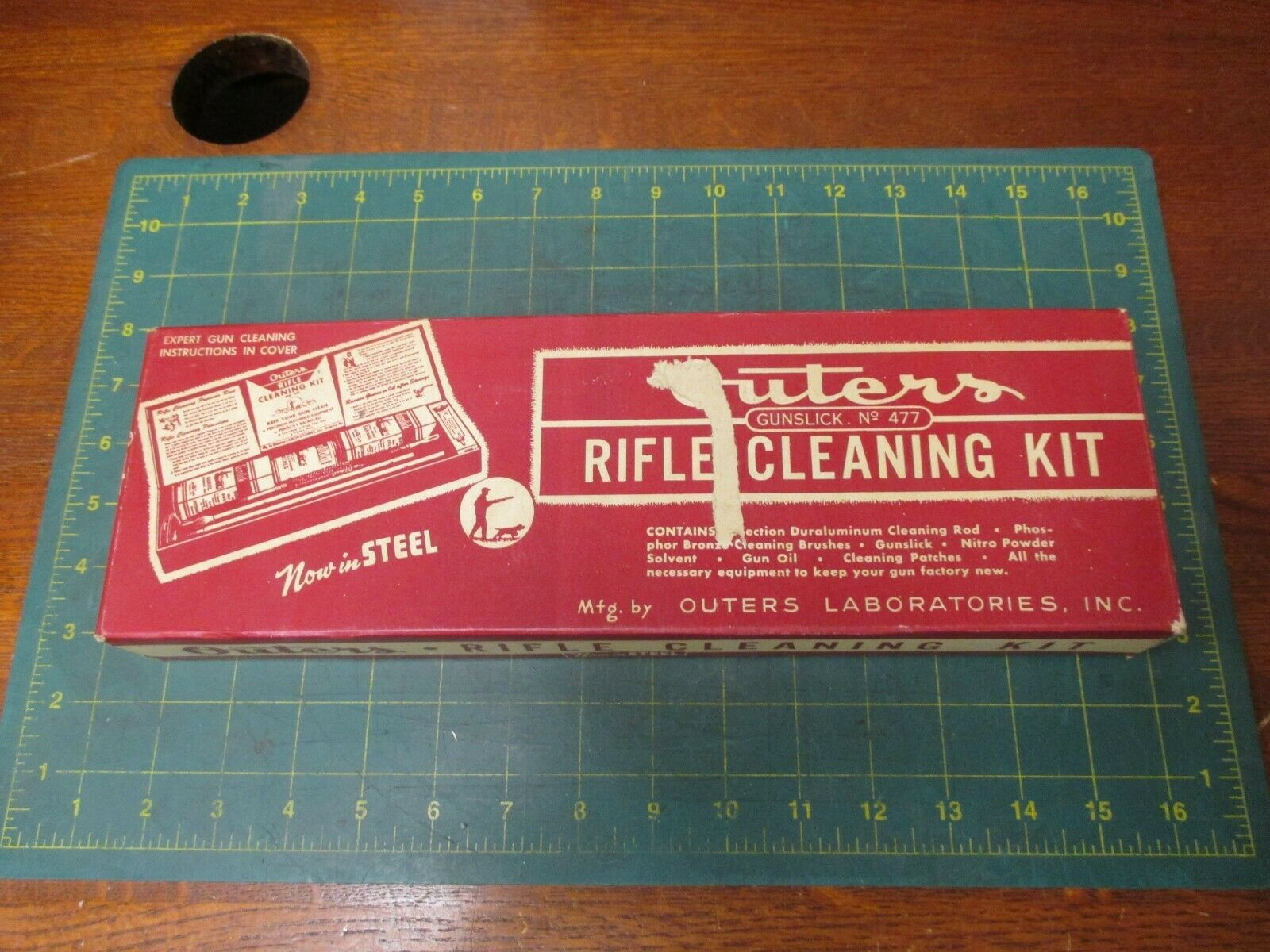 FIREARMS * VINTAGE RIFLE CLEANING KIT * OUTERS * 30 CAL * 47