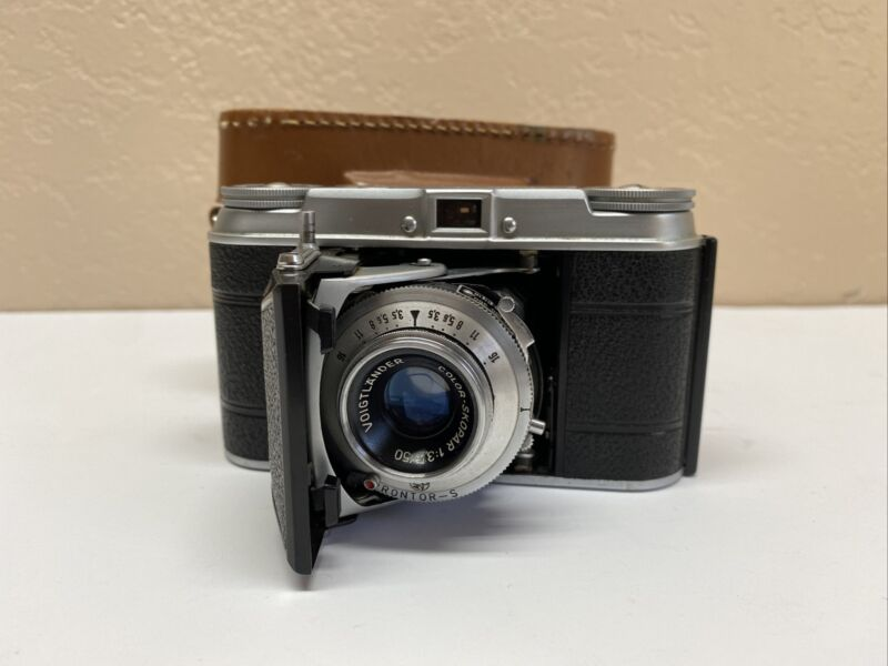Voigtlander Vito II 35mm Folding Camera Skopar Lens