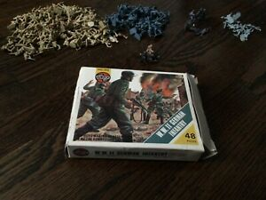 Airfix WW2 Army Men Lot - over 100 soldiers!