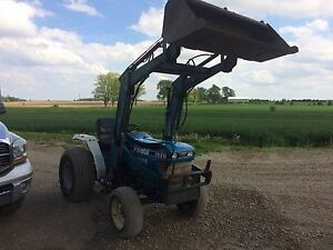 1520 ford compact utility tractor