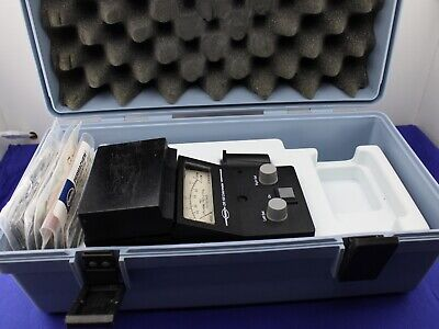 Hach Dr 100 Colorimeter Chlorine 41100-52 Waccessories Case Good Condition