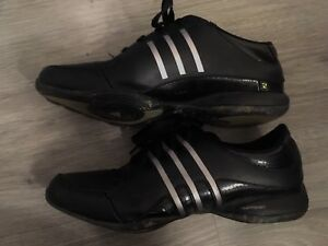 Excellent condition women's adidas shoes PRICE NEGOTIABLE