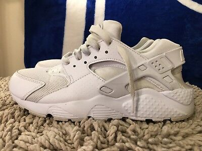 Nike Huarache Run GS, White / Pure Platinum, 654275-110, Boy's Size 6.5Y