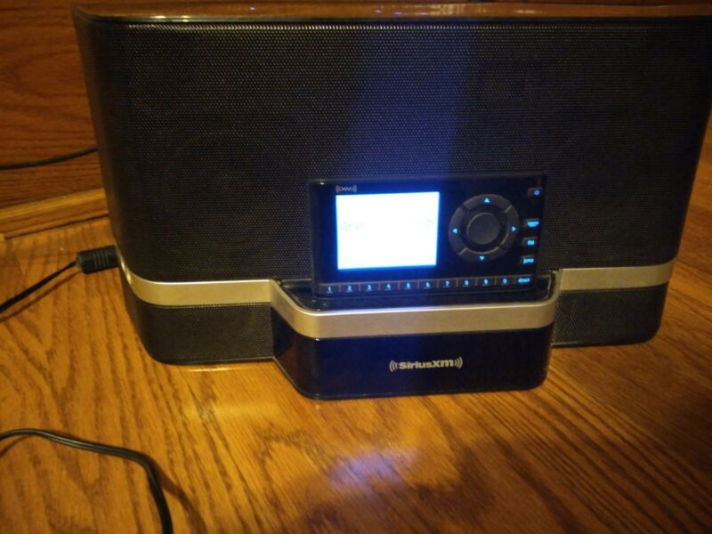 Sirius XM Boombox SXABB2 and Onyx Receiver