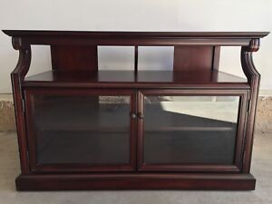TV / Entertainment Stand (from Bombay) * Like New *