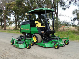2015 JOHN DEERE 1600 RIDE ON DIESEL COMMERCIAL OUT FRONT DECK WIDE AREA WAM RIDE ON LAWM MOWER TORO Austral Liverpool Area Preview