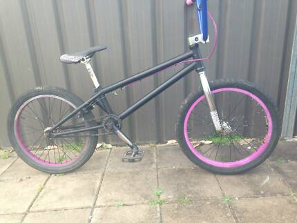 Eastern Trail Digger/Ace Spades BMX Old Mid New School Push Bike Cambridge Park Penrith Area Preview