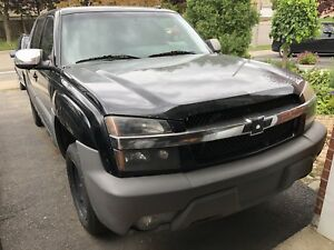 2002 CHEVY AVALANCHE 1500 PARTS OUT