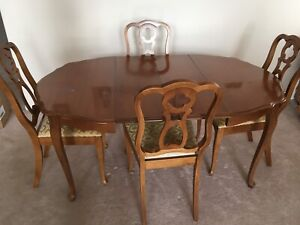French Provincial Dining Table & 4 Chairs