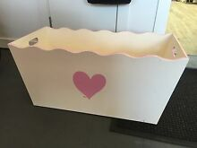 Toy box wooden / cream and pink heart Tennyson Point Ryde Area Preview