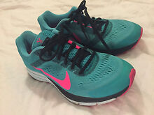 Nike runners - Zoom structure 17 (size 8) Moora Moora Area Preview