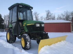 Pending : John Deere 4110 tractor snowblower, power broom