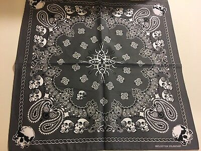 PAISLEY AND WHITE  SKULLS BARBED WIRE  BANDANA IN GREY  BACKGROUND 100% COTTON .](White Bandanas)