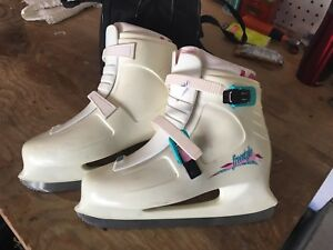 Figure Skates Ladies Size 10