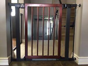 2 Munchkin Designer Wood & Steel Baby Gate's