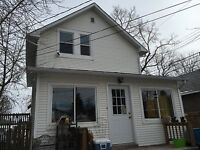 Inner city 3 bedrooms newly renovated house for rent
