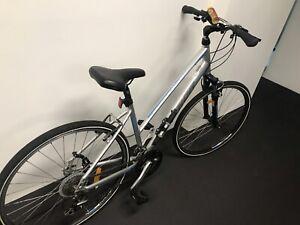 Merida crossway 20 comfort 46cm bike 2016 model