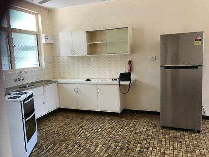 Nightcliff Fully Air Cond, Part Furnished. Clean.
