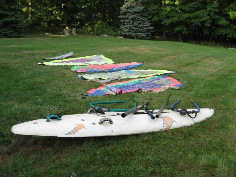BIC windsurfer plus parts and additional sails