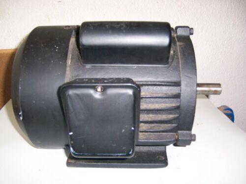 Motor Delta V: 120/240- A:16.3/8.1 Hz 60 HP: 1.5- RPM3450