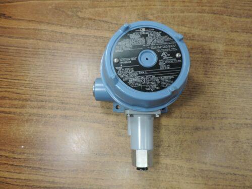 United Electric UE Pressure Switch j120-15643
