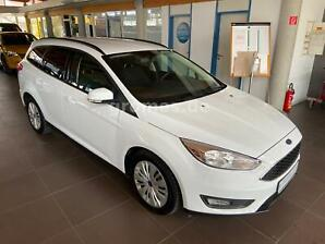 FORD Focus Turnier Business*Winter-Paket*Navi*PDC hin