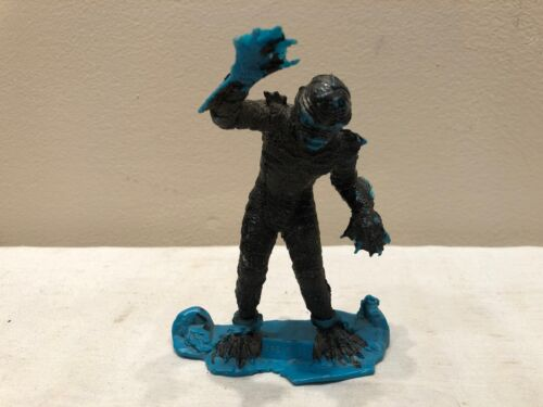 Vintage 1963 Louis Marx & Co CREATURE FROM THE BLACK LAGOON Figure ptr