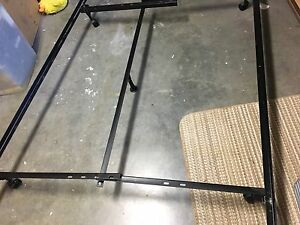 Double/Queen adjustable bed frame