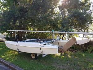Windrush Catamaran with trailer Valentine Lake Macquarie Area Preview