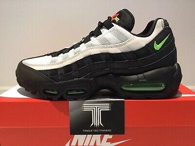 Nike Air Max 95 Essential ~ AT9865 004 ~ Uk Size 6.5 ~ Euro 40.5