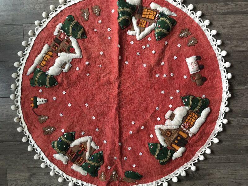 """Vintage Gingerbread Village Leewards Felt Christmas Tree Skirt Handmade 30"""""""