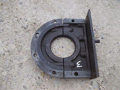 Farmall M Early Sm Tractor Ih Engine Motor Main Crank Seal Bracket Brace