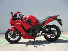 CBR300R LAMS ABS - Still under warranty! Caboolture Caboolture Area Preview