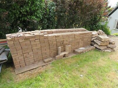 Over 600 Used Block Paving Bricks (200 x 100 x 50 mm)