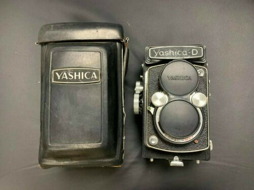 Vintage Yashica D 120 Film Double Lens Camera with Case