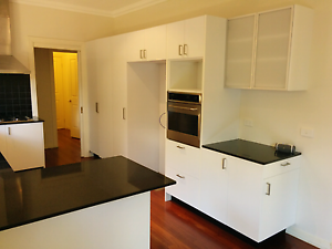 2YO U Shaped Kitchen with Blanko Appliances $1650 Camberwell Boroondara Area Preview