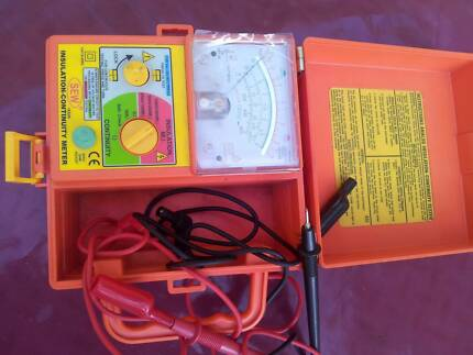 Insulation continuity meter SEW 1832in meger annalog ohmmeter
