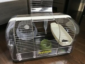 Cage hamster + beaucoup daccessoires