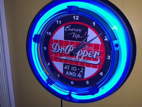 Dr. Pepper 10-2 Soda Fountain Diner Bar Man Cave Neon Clock Advertising Sign