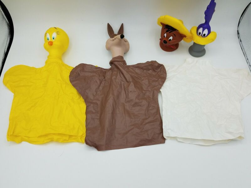 Vintage Speedy Gonzalez Plastic And Rubber Hand Puppet Made Japan Tweety Coyote