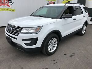 2016 Ford Explorer 3rd Row Seating, Back Up Camera, 4x4