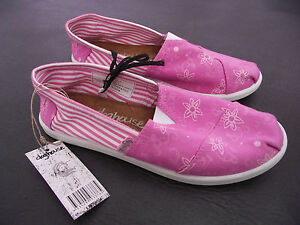 BNWT-Older-Girls-Ladies-Sz-9-Rivers-Doghouse-Brand-Pink-Floral-Canvas-Shoes