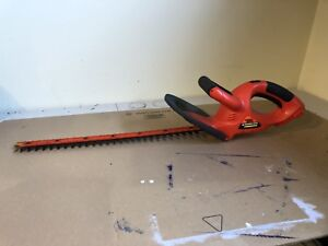 Cordless Hedge Trimmer - Black and Decker