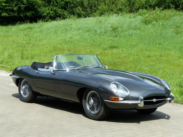 Jaguar E-Type Roadster Serie I