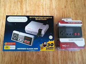 Brand New Nintendo Mini NES + extra 'PowerWave' controller Northcote Darebin Area Preview